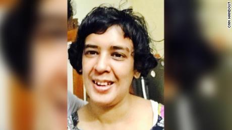 Yerel bir politikacı olan amcası Shahid Siddiqui'ye göre, 34 yaşındaki Shahana ChandA Haziran başında en az beş hastaneye götürüldü.