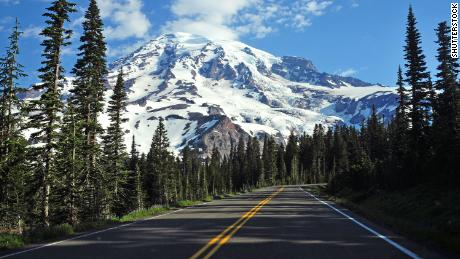 The body of a man who went missing in Washington's Mount Rainier National Park last week has been found.