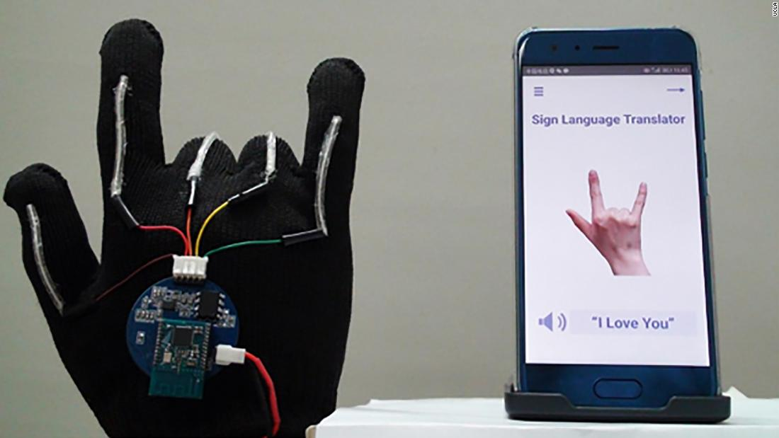 High-Tech Glove Translates Sign Language Into Speech in Real Time