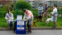 An outdoor polling station in St. Petersburg.