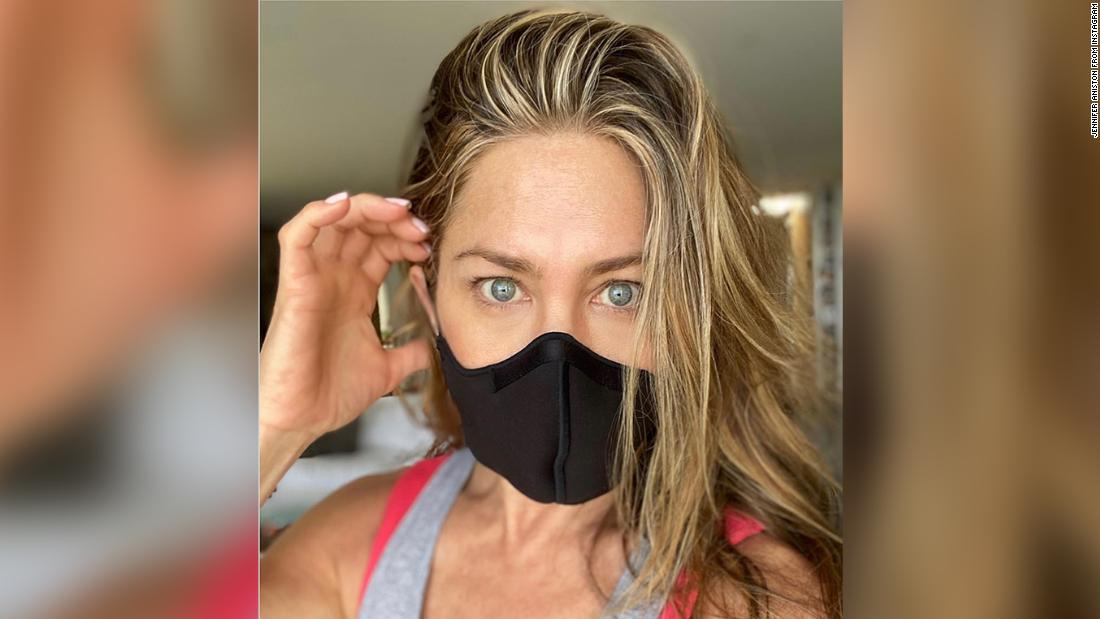 Jennifer Aniston Is Here With A Friendly Reminder To Wear A Damn Mask Cnn