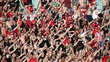 Mai mulți suporteri au fost lăsați să intre pe stadion pentru finala de miercuri.
