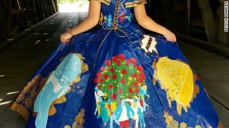 Illinois teen Peyton Manker made this dress out of duct tape for a scholarship competition.