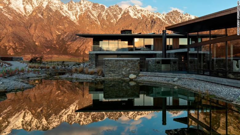 Uma propriedade perto de Queenstown, Nova Zelândia, projetada por Mason & amp;  Wales Architects.