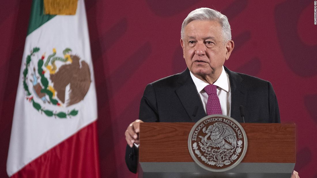 Il presidente messicano López Obrador è in volo commerciale per visitare Trump. Ecco come funziona