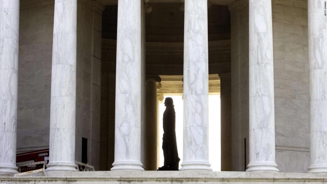 What do Jefferson's descendants think of his statues?