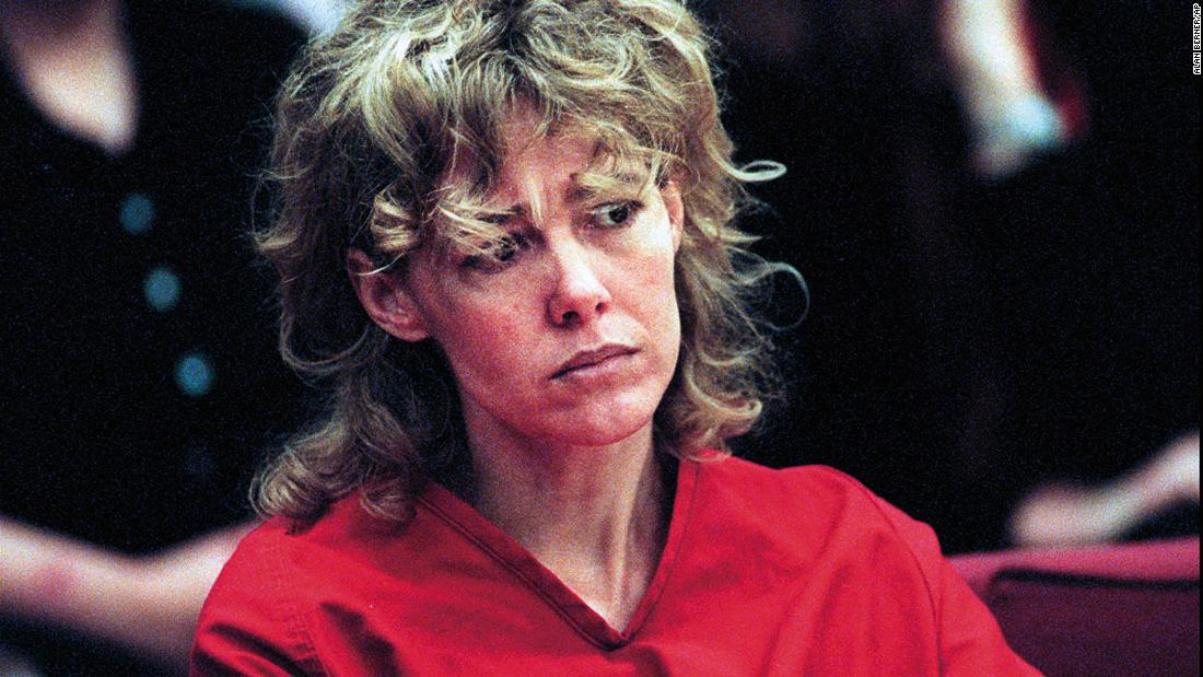 Mary Kay Letourneau, who was convicted of raping 13-year-old student she later married, has died of cancer - CNN
