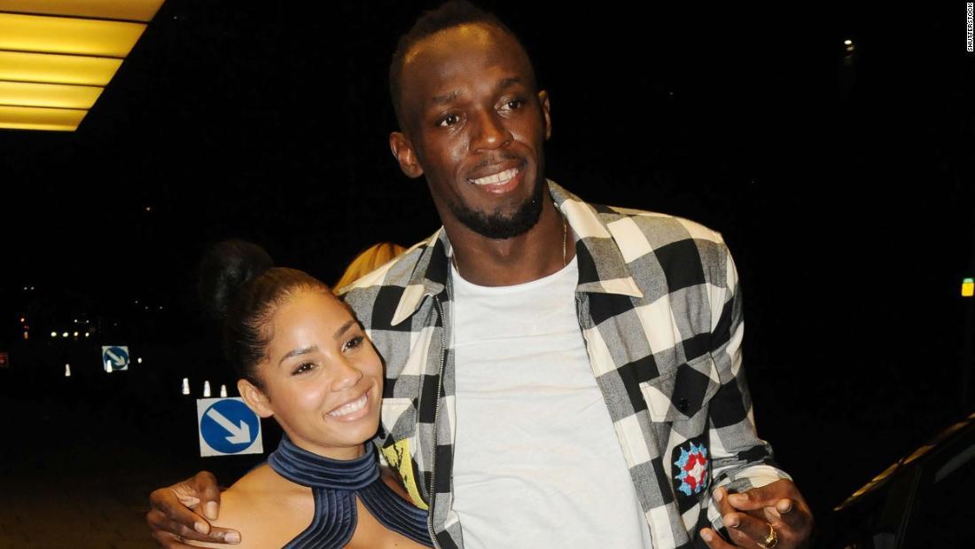 Usain Bolt chia sẻ những bức ảnh đầu tiên của con gái bé nhỏ Olympia Lightning