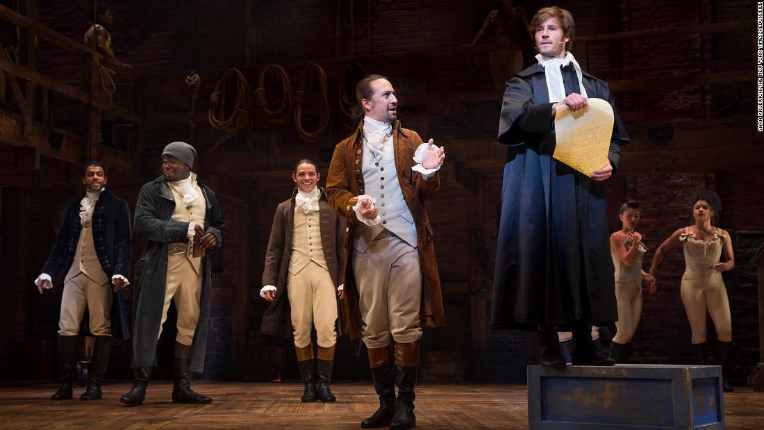 'Hamilton': Điều mà một trong số ít diễn viên da trắng của chương trình học được về chủng tộc