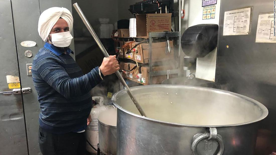 US Sikhs tirelessly travel their communities to feed hungry Americans