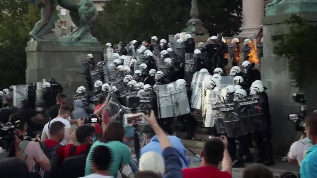 'Furious' crowd riots against curfew, breaks into parliament