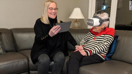 These seniors are turning to cutting edge technology to stay connected during the pandemic