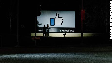 Facebook Has More Users In India Than Anywhere Else It S Now Dealing With A Hate Speech Crisis Cnn