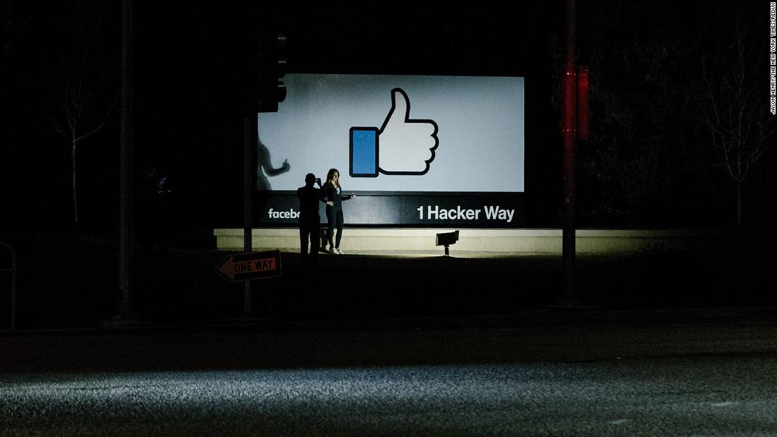 Facebook's future keeps getting murkier