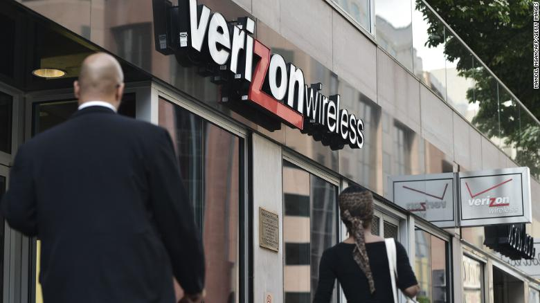Verizon Fios customers report outages across the East Coast
