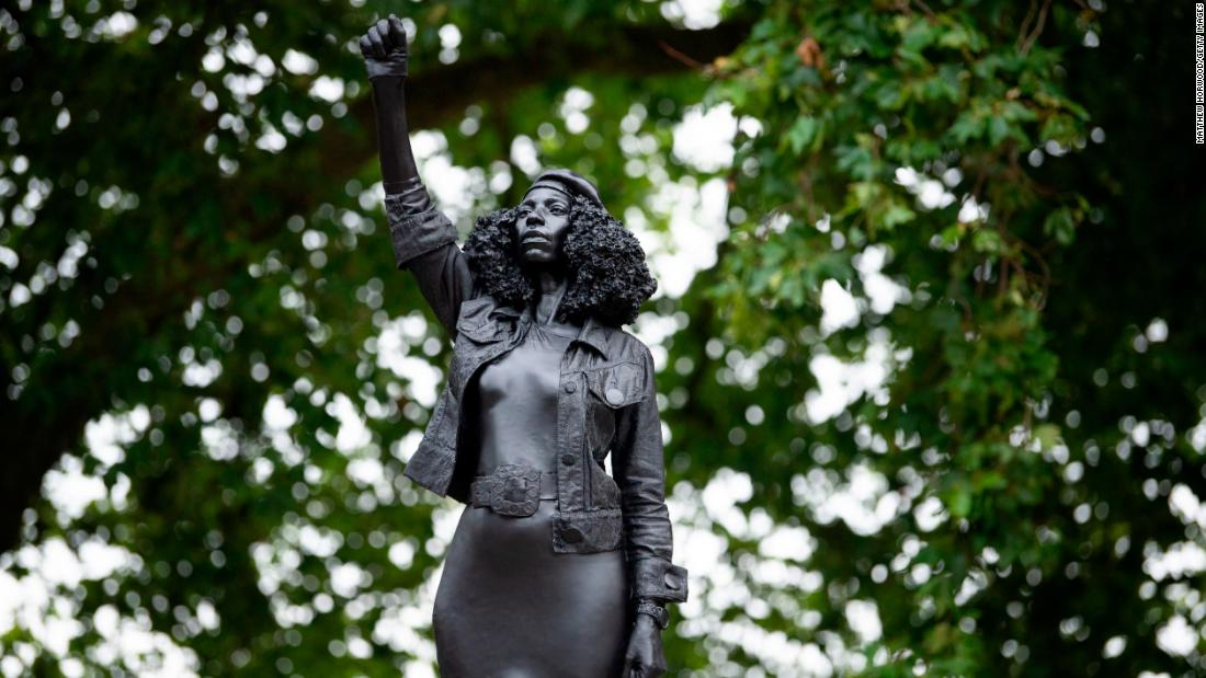 Edward Colston's statue stood for 125 years. The Black Lives Matter statue that replaced it stood for about 25 hours – CNN