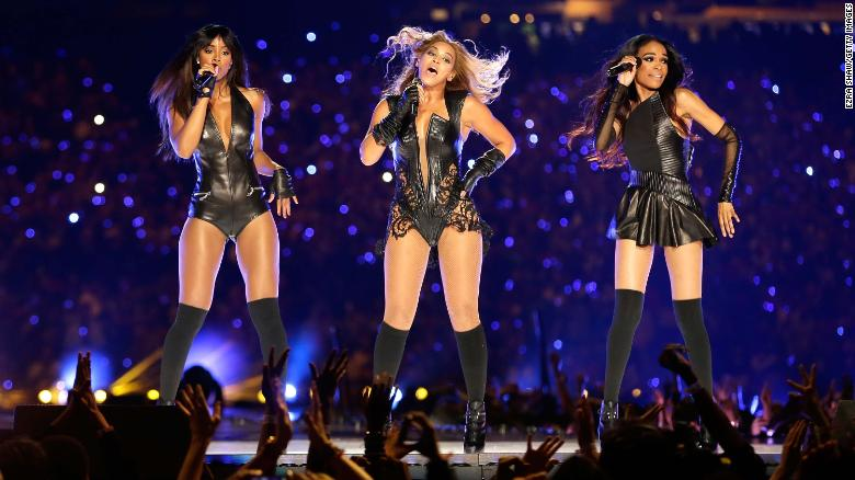 (L-R) Kelly Rowland, Beyoncé and Michelle Williams perform during the Pepsi Super Bowl XLVII Halftime Show at the Mercedes-Benz Superdome on February 3, 2013 in New Orleans.