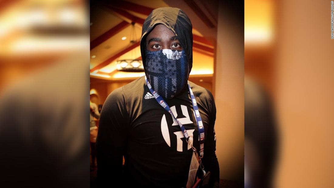 Photo of NBA star James Harden criticized for wearing Blue Lives Matter face mask | Alisha Ebrahimji, CNN