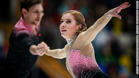Ekaterina Alexandrovskaya and Harley Windsor of Australia compete in Moscow in 2018.