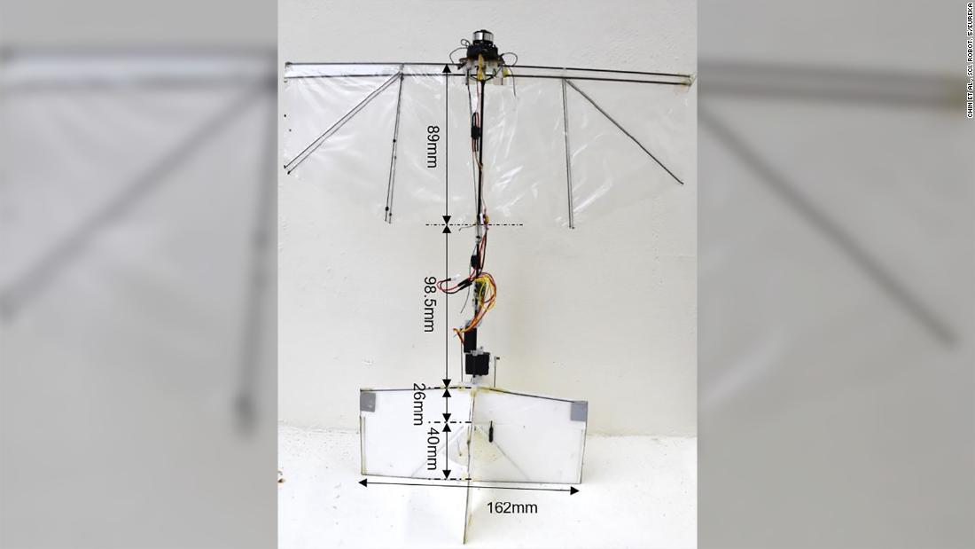 (CNN)Engineers have designed a robot with flapping wings, which can perform nimble movements in the air, hovering, darting, diving and recovering lik