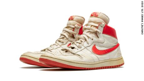 Michael Jordan game-worn sneakers tipped to fetch over $500,000 at auction