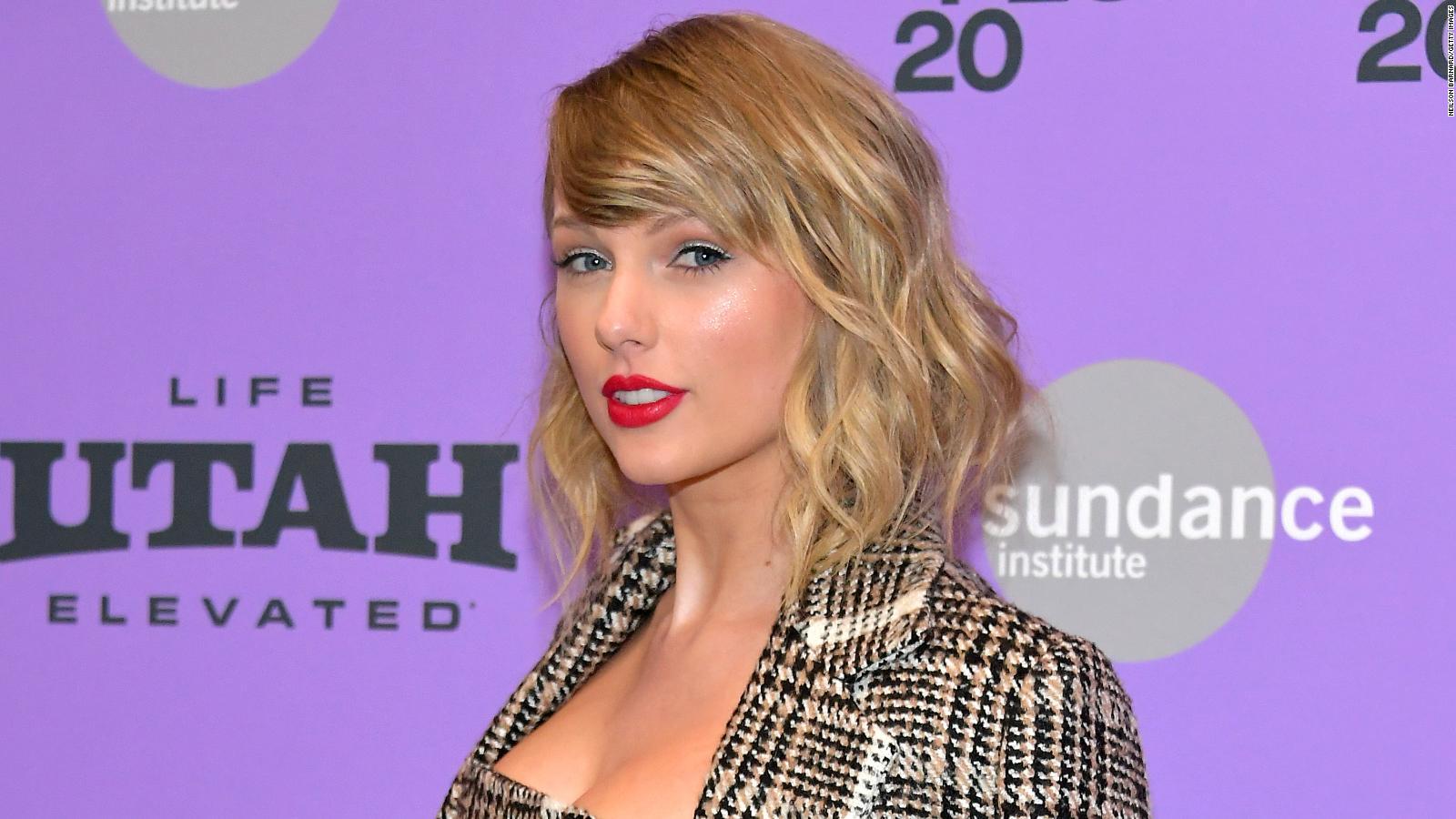 Taylor Swift Will Drop Folklore Album Tonight Cnn