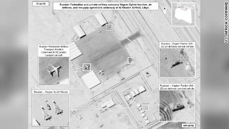 USA opět obviňují Rusko ze zasílání zbraní a žoldáků do Libye