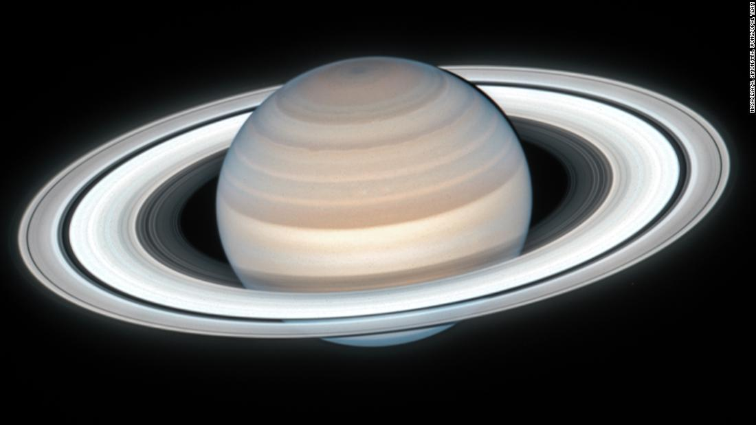 Hubble telescope captures stunningly clear image of summertime on Saturn – CNN
