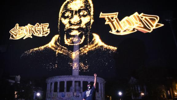 See George Floyd hologram light up Confederate monument