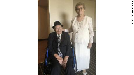 Salvador and Imelda Muñoz