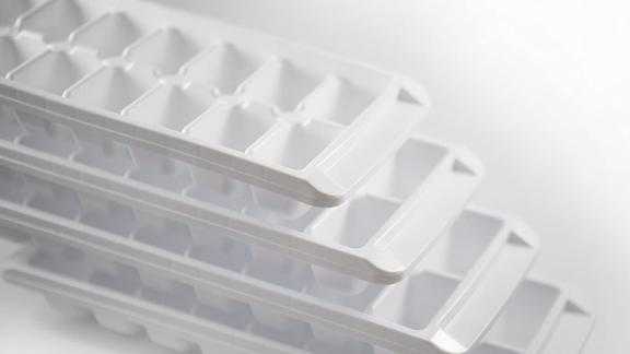 Kitch Easy-Release White Ice Cube Trays, 4-Pack