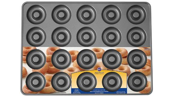 Wilton Perfect Results Nonstick 20-Cavity Donut Baking Pan