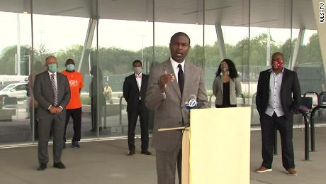 Illinois state Rep. LaShawn K. Ford joined community leaders to call for the abolishment of history classes in schools.