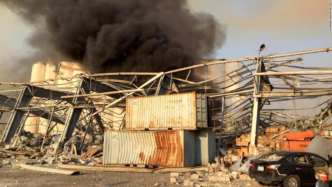 Thủ đô Lebanon rung chuyển bởi vụ nổ lớn