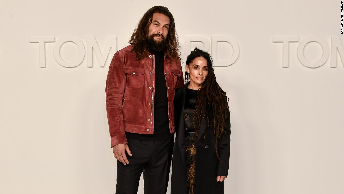 Jason Momoa surprises Lisa Bonet by restoring her old Mustang