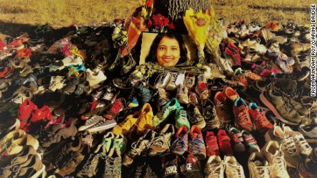 Residents of Plano, Texas, paid tribute to Sarmistha Sen by placing pairs of running shoes near where she was killed.