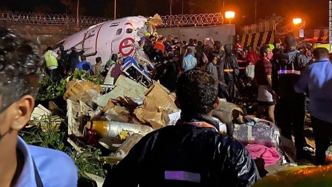 Plane breaks in two in deadly Air India crash