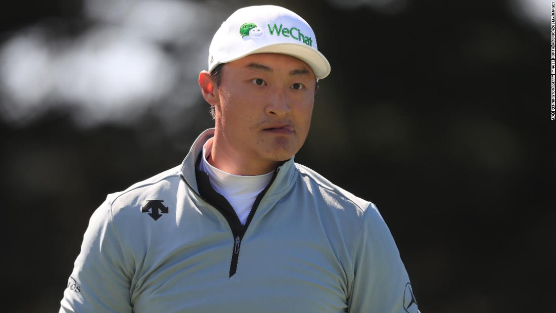 Chinese golfer's cap prompts questions about the US President