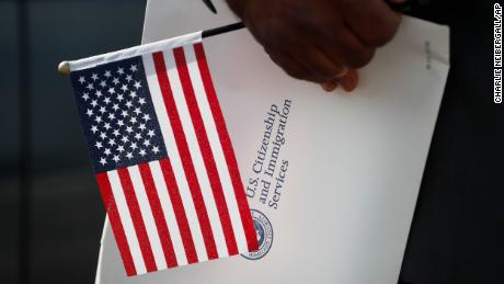A record number of people are giving up their US citizenship, new research published on Sunday found.