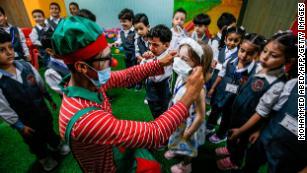 Even children with no symptoms can spread Covid-19, CDC report shows