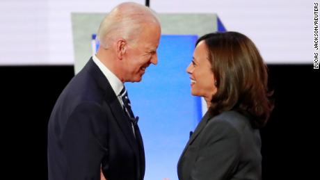 Former Vice President Joe Biden and U.S. Senator Kamala Harris shake hands before the start of the second night of the second U.S. 2020 presidential Democratic candidates debate in Detroit, Michigan, U.S., July 31, 2019. REUTERS/Lucas Jackson/File Photo