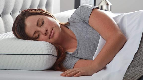 Almohada de espuma de memoria de gel ventilado de fin de semana