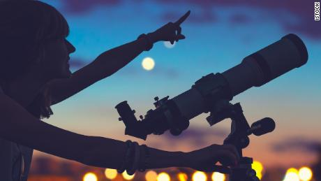 A beginner's guide to stargazing (CNN Underscored)