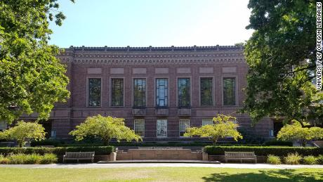Knight Library, the largest library on Oregon's campus, where the murals are located.