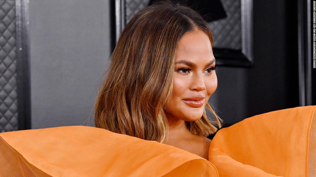 'Selling Sunset' stars react to Chrissy Teigen doubting their status as real estate agents – CNN