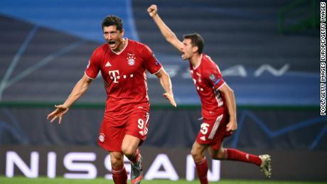 Robert Lewandowski celebrates after scoring Bayern Munich's third goal.