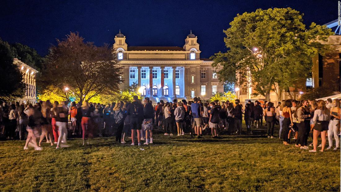 Syracuse University suspends 23 students after 'incredibly reckless' gathering – CNN