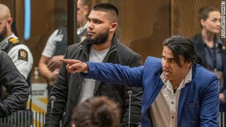 Abdul Aziz Wahabzadah lors de la condamnation de Brenton Tarrant le 26 août 2020 à Christchurch, Nouvelle-Zélande.