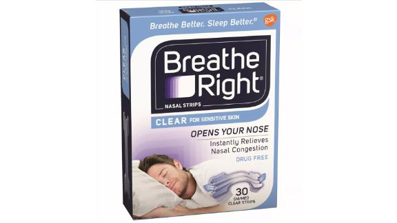 Respira tiras nasales claras a la derecha