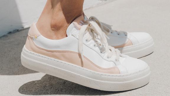 Yebo Sneaker